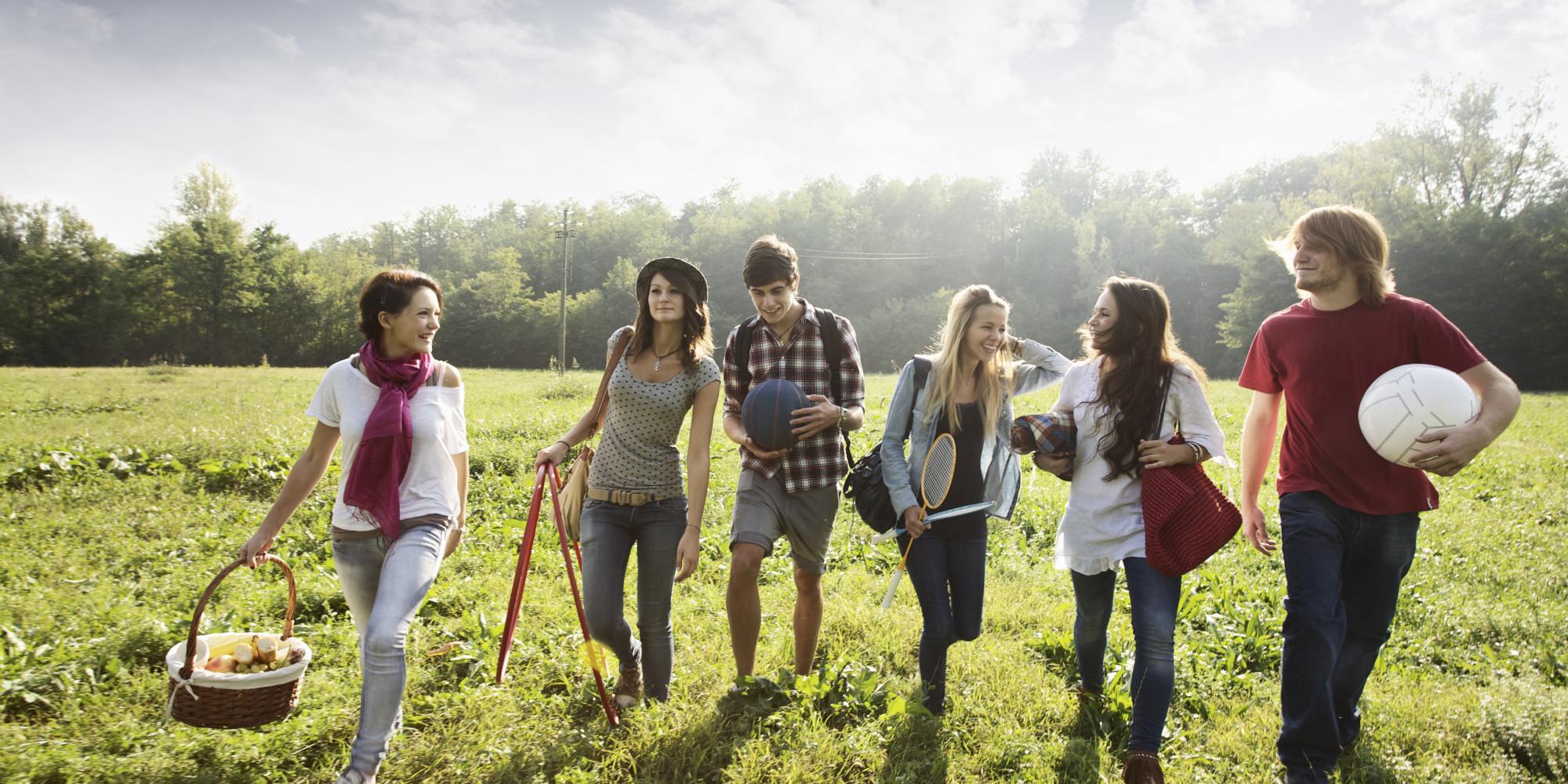 дав молодежь отдыхает на природе онлайн быть, алкоголь сделал
